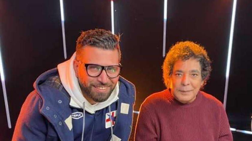 محمد منير مع المخرج أكرم فاروق