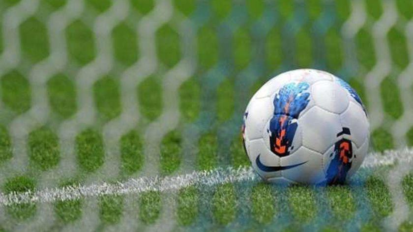 إنفوجراف.. تشمل لمسة اليد والإنذارات.. تطبيق تعديلات قوانين كرة القدم بالموسم الجديد