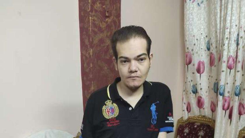 الشاب أحمد سمير