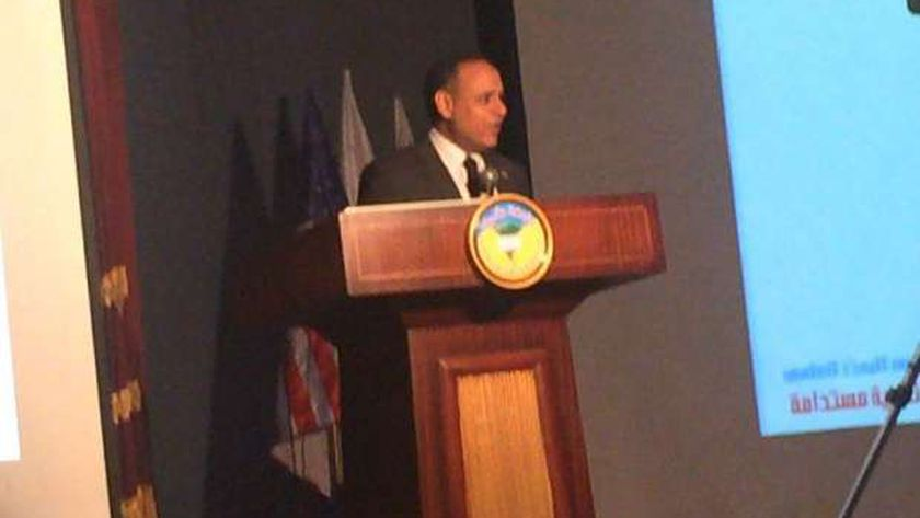الدكتور محمود صقر - رئيس أكاديمية البحث العلمي