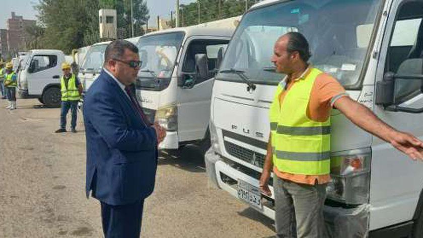 رئيس مدينة بني سويف يتابع جاهزيةمعدات وسيارات كسح المياه استعدادا للشتاء