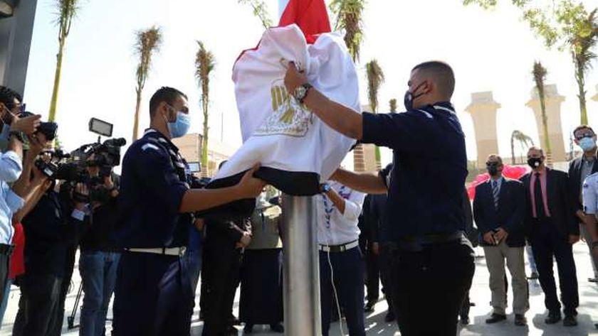 وزير التعليم العالي يفتتح العام الجامعي الجديد من حرم جامعة عين شمس وسط إجراءات احترازية مشددة