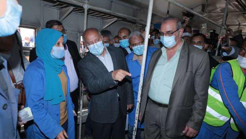 وزير النقل يتابع معدلات تنفيذ مشروع تحديث نظم إشارات خط «بنها بورسعيد»