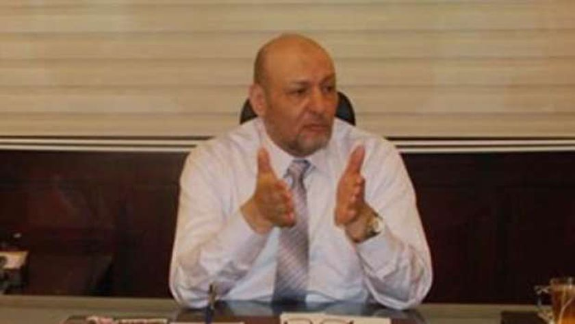 الدكتور حسين أبو العطا رئيس حزب المصريين