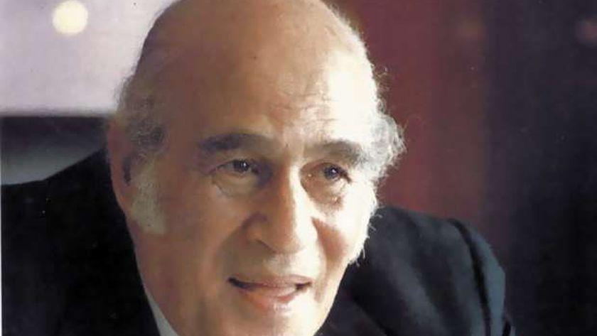 الكاتب الصحفي الراحل مصطفى أمين