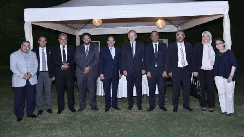 سفير الاتحاد الأوروبى مع رؤساء تحرير الصحف