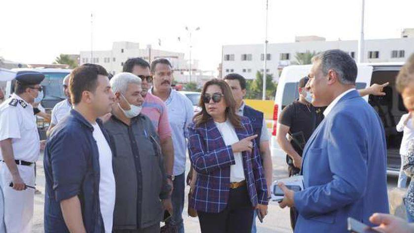 صورة محافظ دمياط تتابع نقل مواقف المحافظات إلى مجمع شطا الجديد – المحافظات