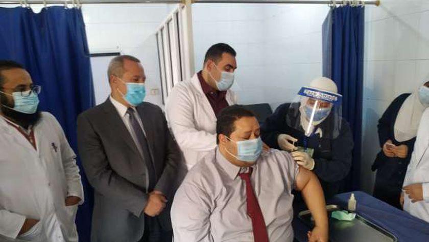عمليات تطعيم المصريين بمصل كورونا