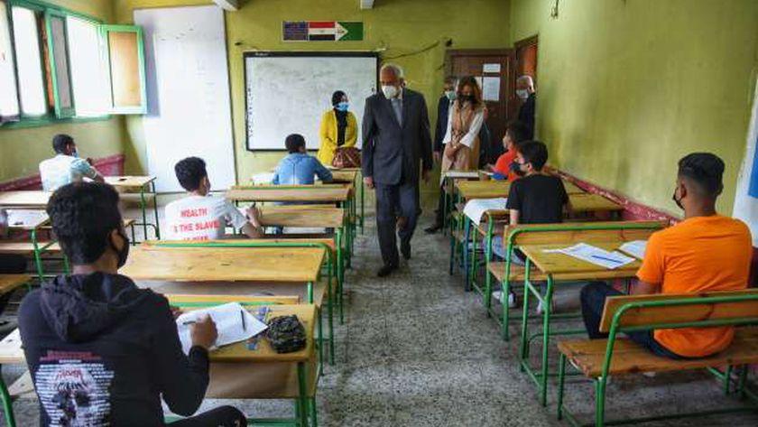امتحان طلاب الإعدادية 2021