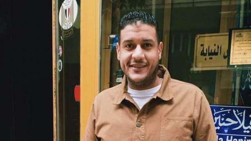 علي محمود صاحب أحد المحلات