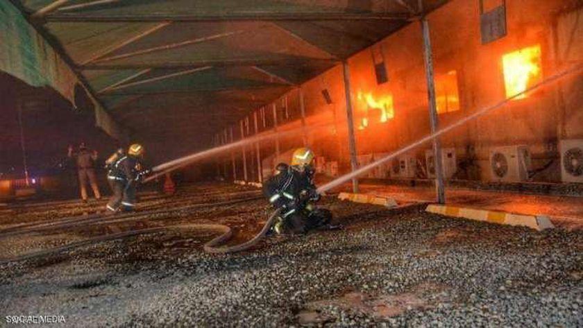 الدفاع المدني السعودي خلال عملية إطفاء سابقة