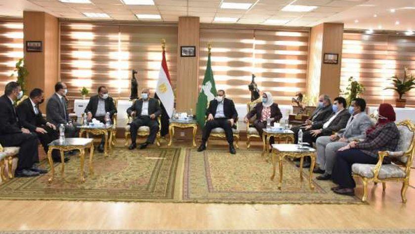 وزير النقل : فحص ملفات المزلقانات المغلقة في ههيا بالشرقية