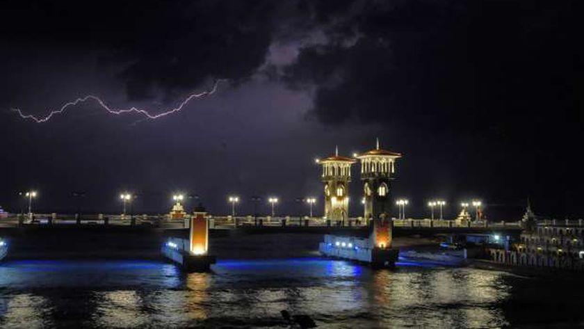 شهدت الاسكندرية سحبا رعدية وبرقا بشكل متكرر خلال موسم الشتاء الماضي