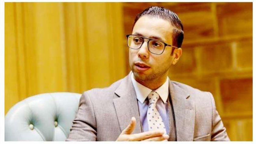 محمد عيد بكر المتحدث باسم وزارة الإنتاج الحربى