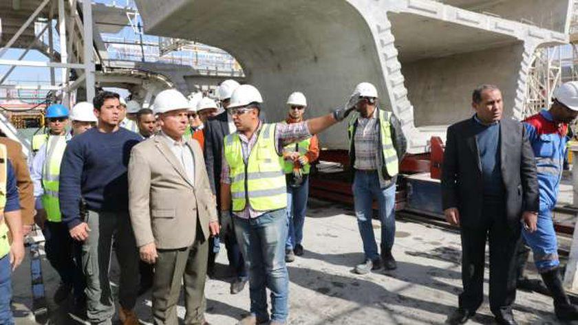 وزير النقل يتفقد سير العمل بمحطة مترو ماسبيرو