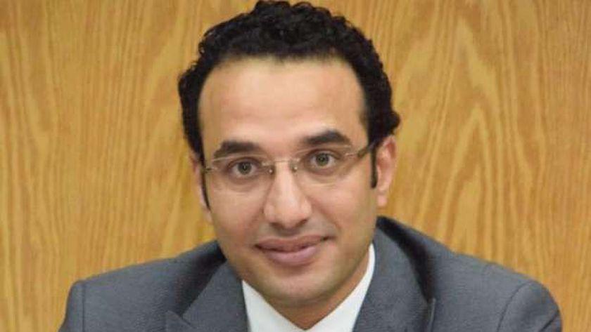 أحمد كمال معاون وزير التموين والمتحدث الرسمي للوزارة