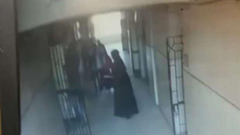 جانب من ضرب معلمة في الدقهلية