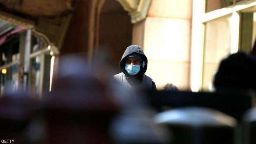 الخوف يسطر على العالم جراء الفيروس