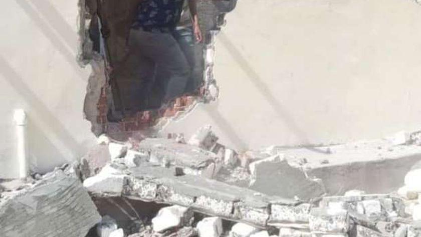 آثار الإسكندرية تزيل التعدي على طابية كوسا باشا لمنع تشويها الأثر