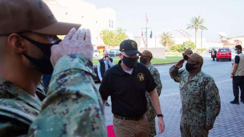 وزير الدفاع الأمريكي بالوكالة كريستوفر ميلر خلال زيارته البحرين وقطر
