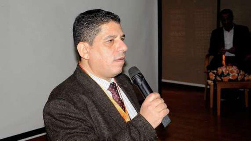 دكتور محسن