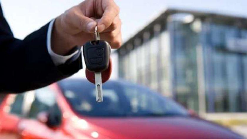 شيخ الأزهر يوضح حكم شراء سيارة بالتقسيط