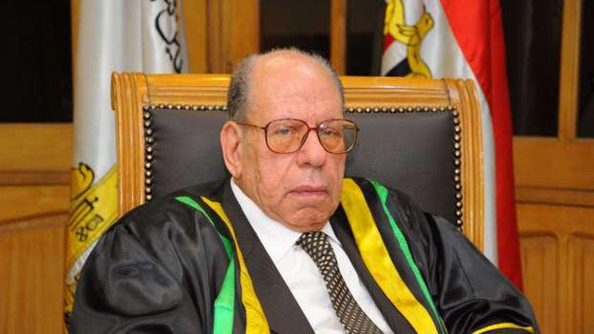 الدكتور صلاح فضل رئيس مجمع اللغة العربية