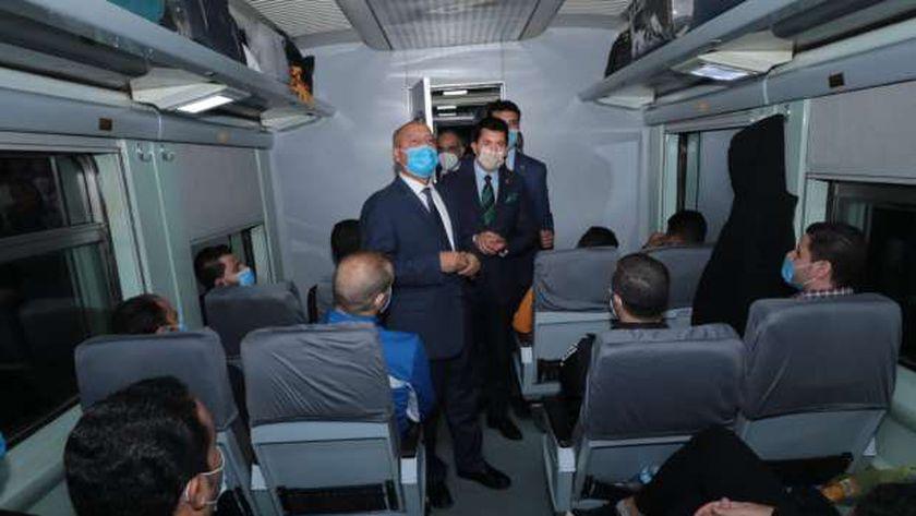 وزيرا النقل والرياضة يودعان المشاركين في الفوج الأول من قطار الشباب