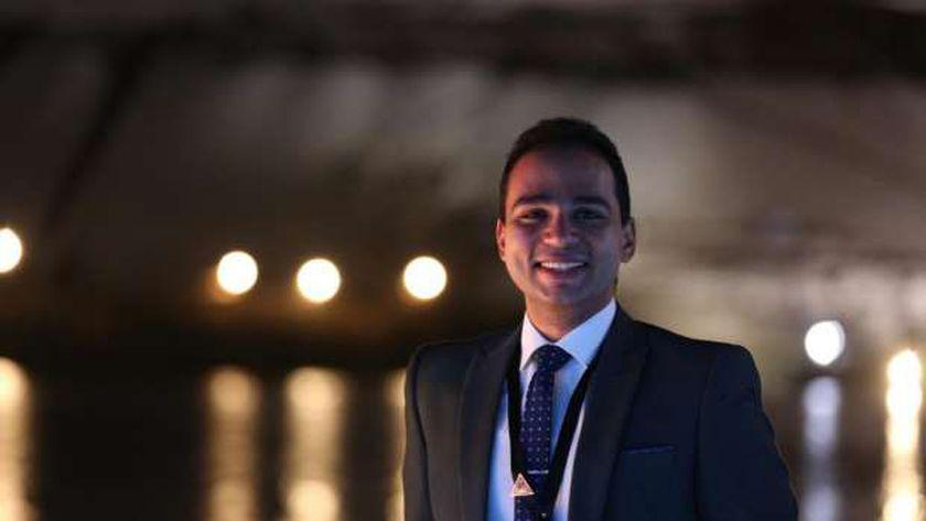أحمد أبوزينة- خريج البرنامج الرئاسي لتأهيل الشباب