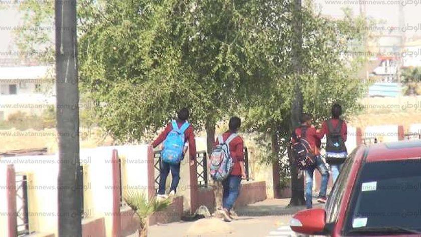 هروب طلاب من المدارس