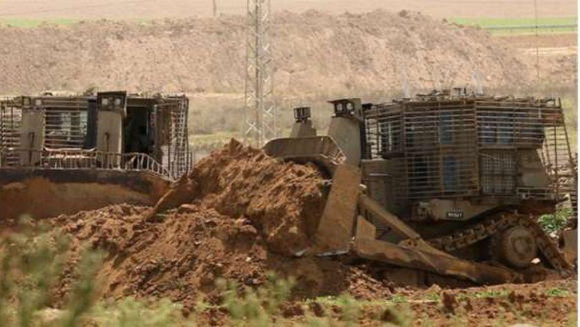 آليات الاحتلال الإسرائيلى تتوغل فى غزة