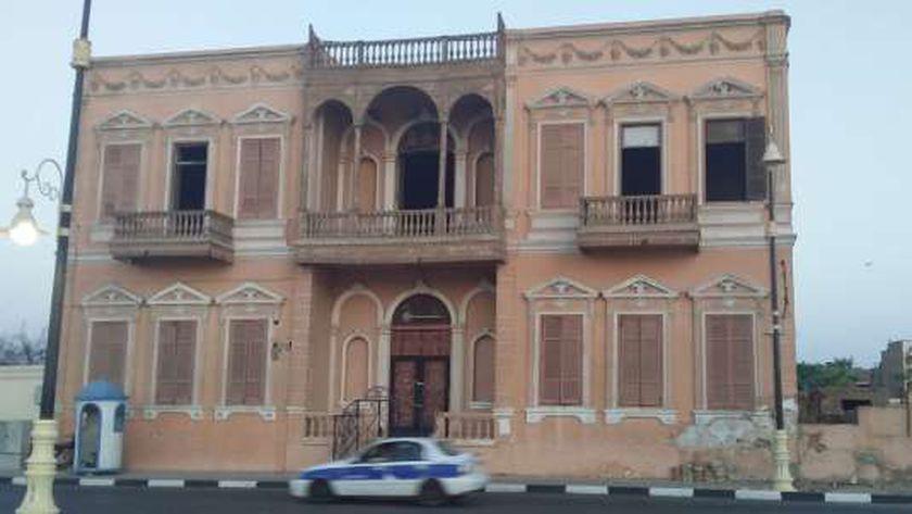 قصر أندراوس في الأقصر