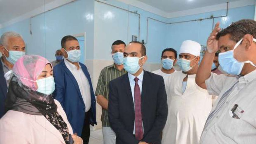نائب محافظ سوهاج يتفقد مستشفى حميات جرجا
