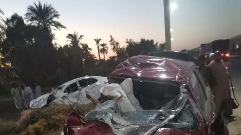 حادث تصادم بين سيارتين جنوب الأقصر