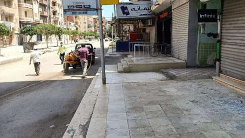 أعمال التعقيم بالشوارع