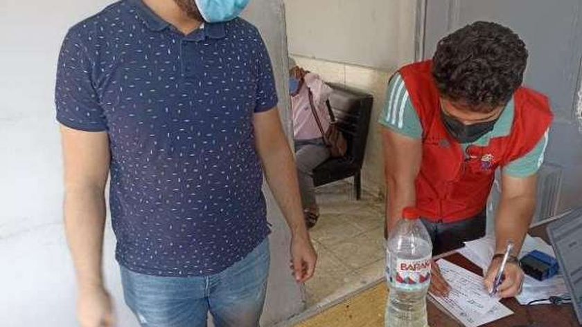 صورة استمرار تطعيم المواطنين بلقاح فيروس كورونا في الشرقية – المحافظات