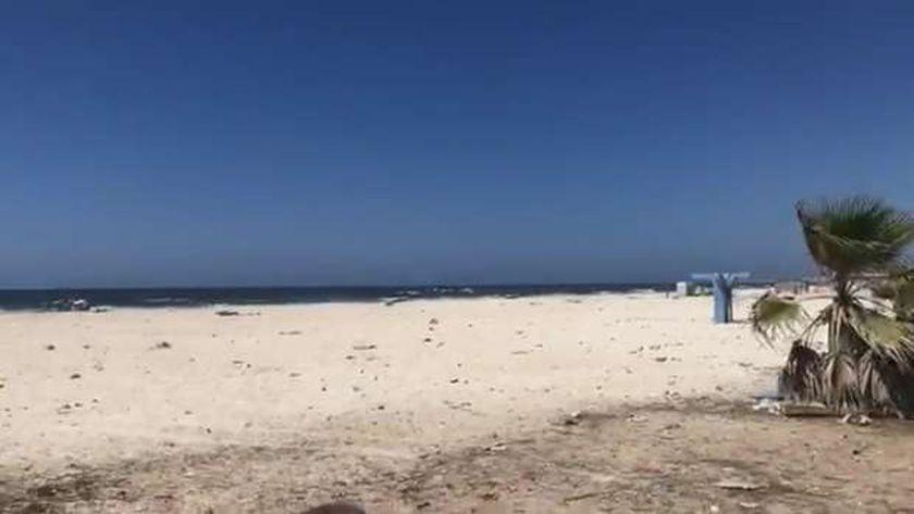 شاطئ النخيل .. صورة ارشيفية