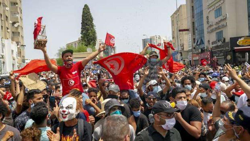 تطاهرات تونس للإطاحة بحركة النهضة الإخوانية