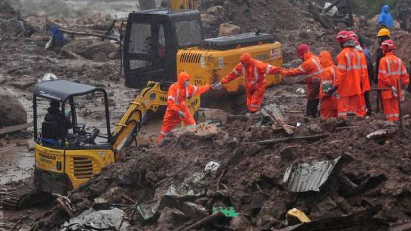 كوارث..ارتفاع ضحايا انهيارات إندونيسيا إلى 56 شخصا وزلزال يضرب تايوان