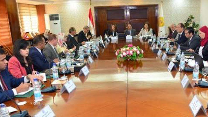 الاجتماع الوزارى الخاص بمشروع «حياة كريمة»