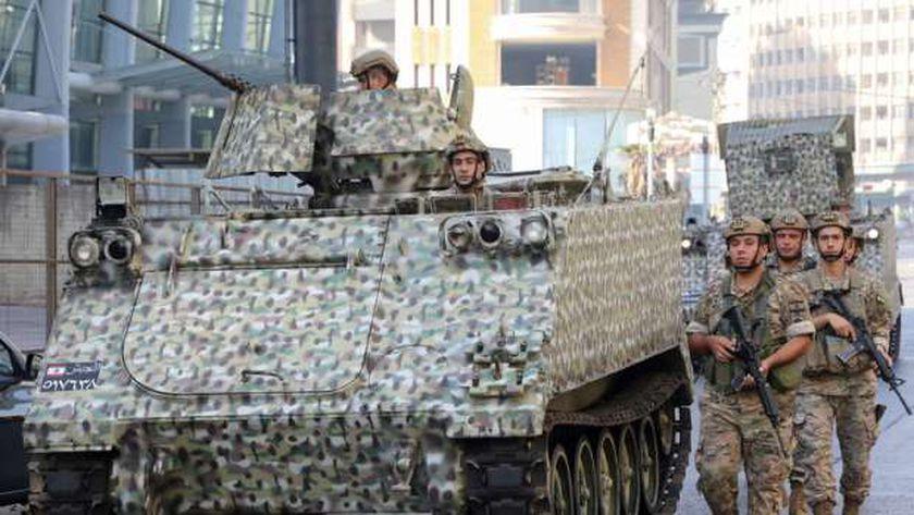 الجيش اللبناني ينتشر لاحتواء اشتباكات بيروت