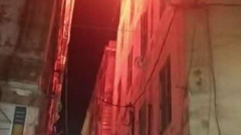حريق يلتهم عشة في الإسكندرية