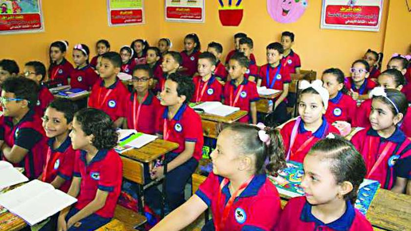 حماية المستهلك يواصل قراراته ضد المدارس المخالفة