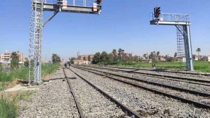 دخول برج مطاي لنظم تحديث إشارات السكك الحديدية الخدمة بعد تطويره