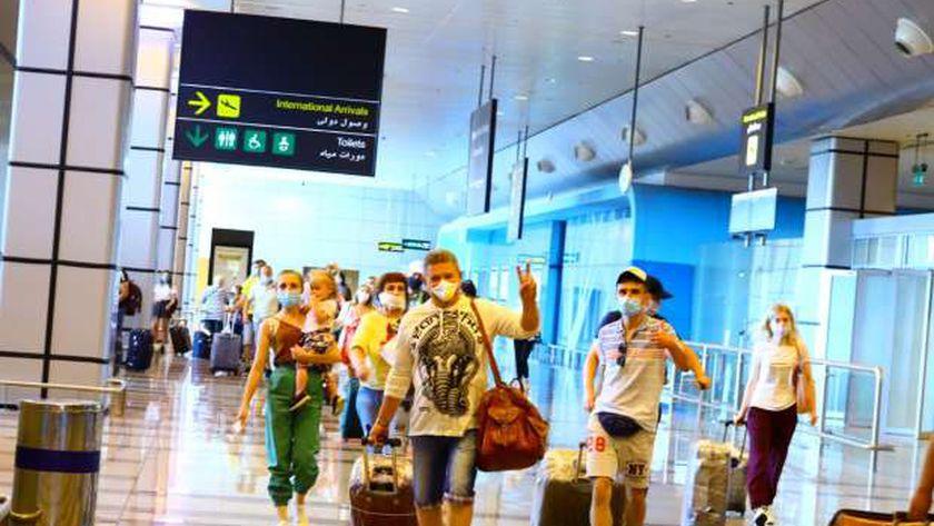 27 رحلة طيران تغادر القاهرة لعدة وجهات وعلى متنها 3500 راكب