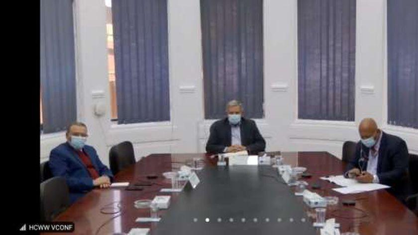 خلال اجتماع اللجنة التنسيقية العليا لشركات مياه الشرب والصرف الصحى