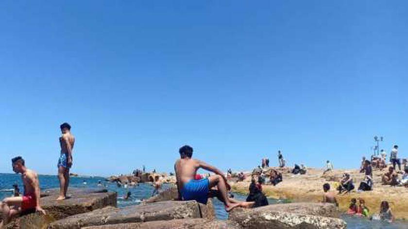 أسعار دخول شواطئ الإسكندرية 2021