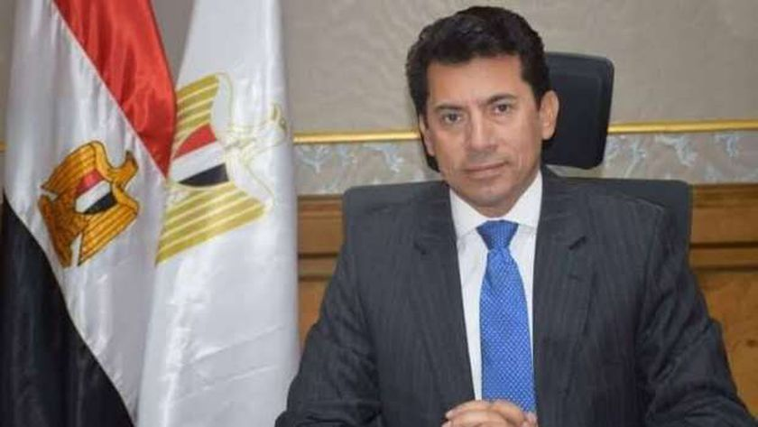 د.أشرف صبحي وزير الشباب والرياضة