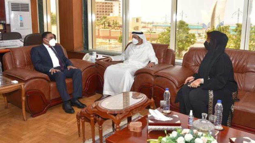 سفير الإمارات بالقاهرة خلال استقباله بمرسى مطروح