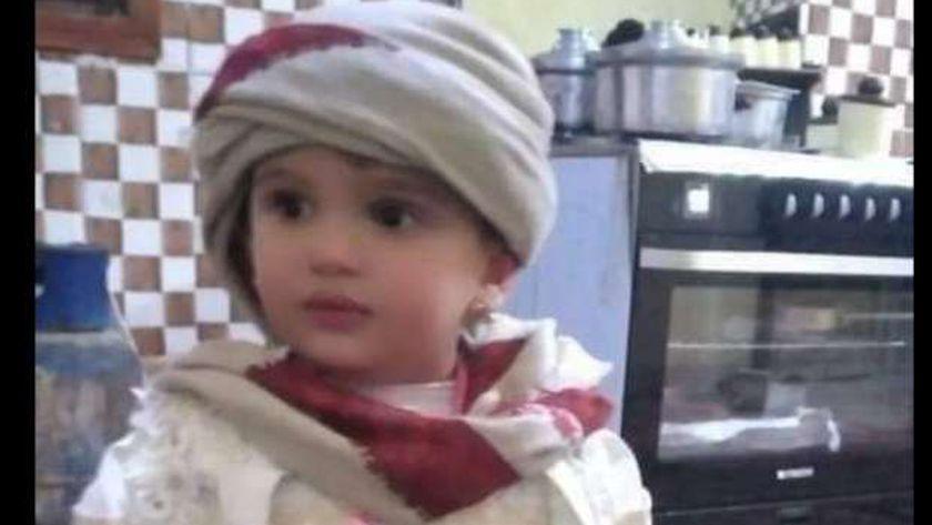 الطفلة رانسي أحد ضحايا المركب الغارق في بحيرة مريوط